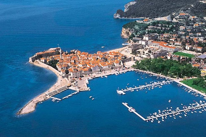 Obiective turistice Muntenegru: Budva, Descoperiti Balcanii