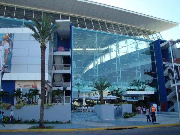 Obiective turistice Venezuela: Mall Isla Margarita.JPG