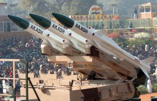 20110312-Akash-Surface-to-Air-Missile-Wallpaper-India-02-TN