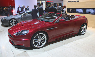 Aston Martin has shown in Geneva a DBS Volante