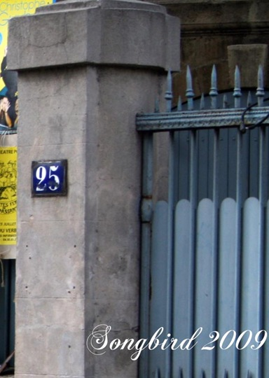 French enamel number sign