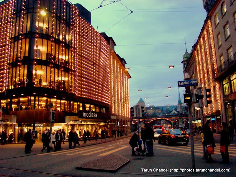 Switzerland Trip Zurich: Streets in the night | Tarun ...