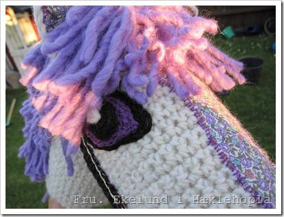 Hæklet kæphest / Crochet hobbyhorse