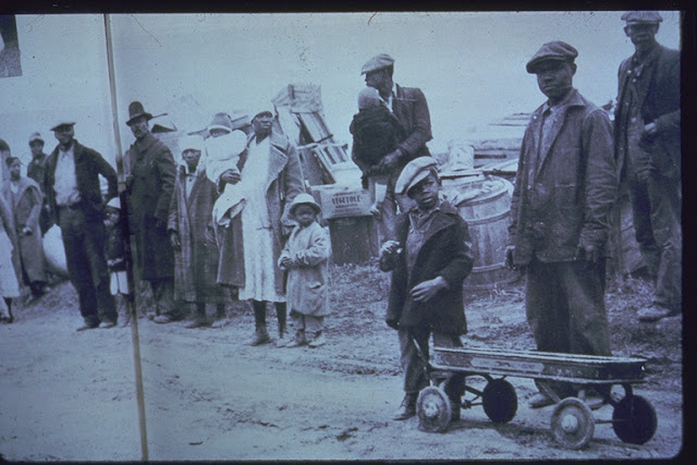 Sharecroppers_evicted_1936.jpg