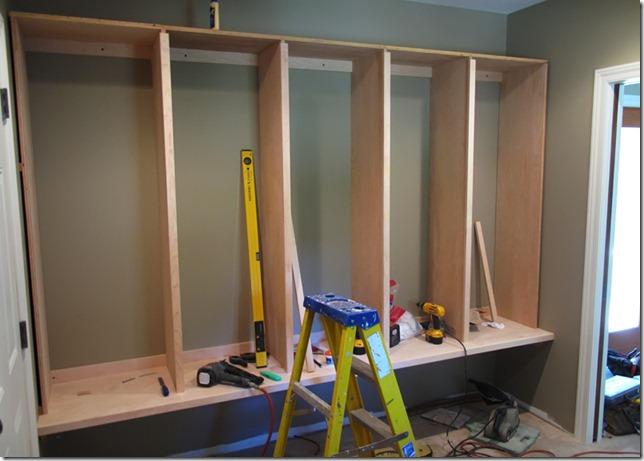 Cabinets 81