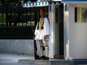 099 - Típico militar griego.JPG