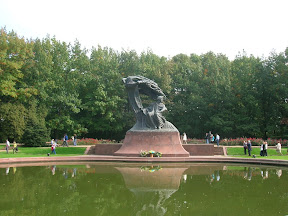 017 - Estatua de Chopin.JPG
