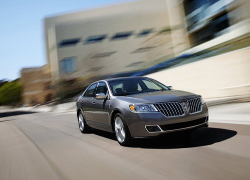 In New York Debuted 1st Luxury Hybrid from Lincoln