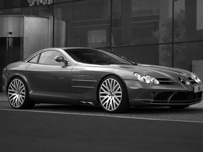 Tuning studio Project Kahn has finished Mercedes McLaren SLR