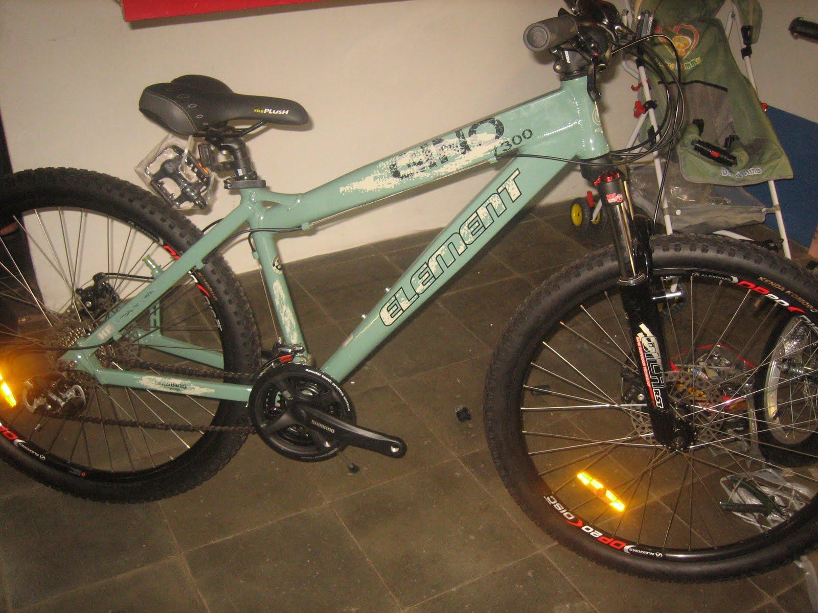 Tokosarana Mahasarana Sukses Sepeda Gunung Element Gino Dirt Jump Free Ride 26x16 Inci