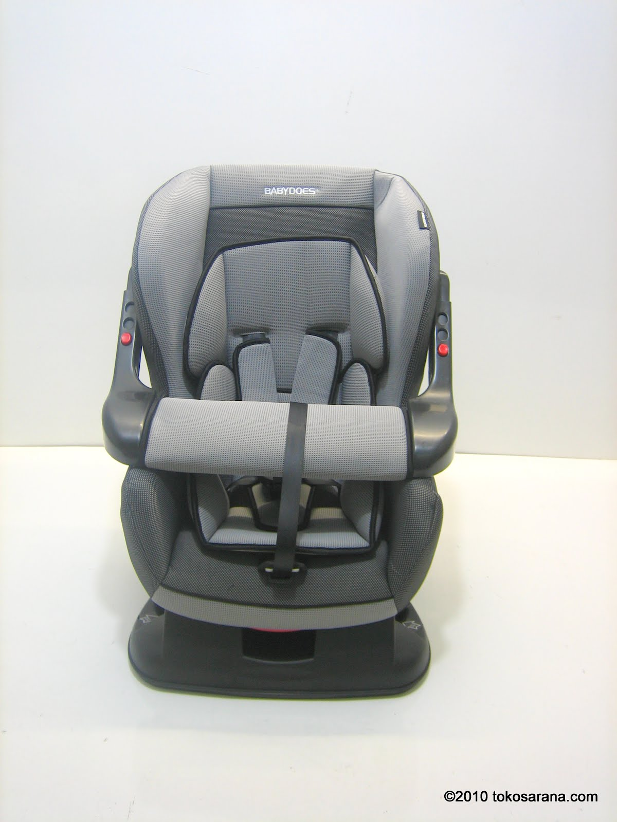 tokomagenta: A Showcase of Products: Baby Car Seat