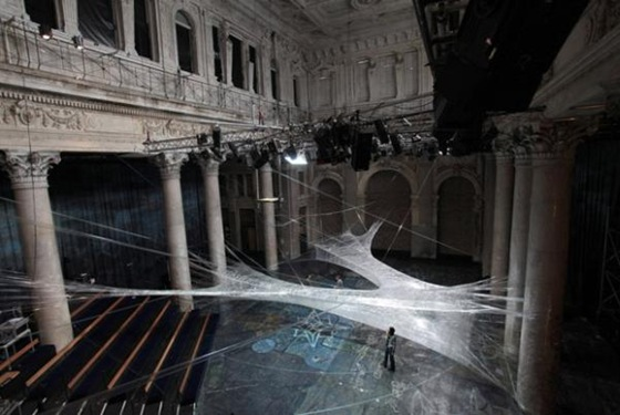 World's Largest Spider Web Ever Spun 02