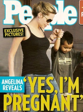 Angelina-Jolies-Visibly-Pregnant-Photos