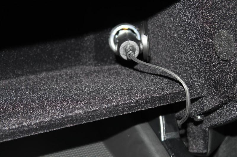 Passport Radar Detector >> Hardwired Escort 9500i Radar Detector :: Photos - MBWorld.org Forums