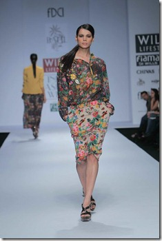 WIFW SS 2011 collection by Vineet Bahl (4)