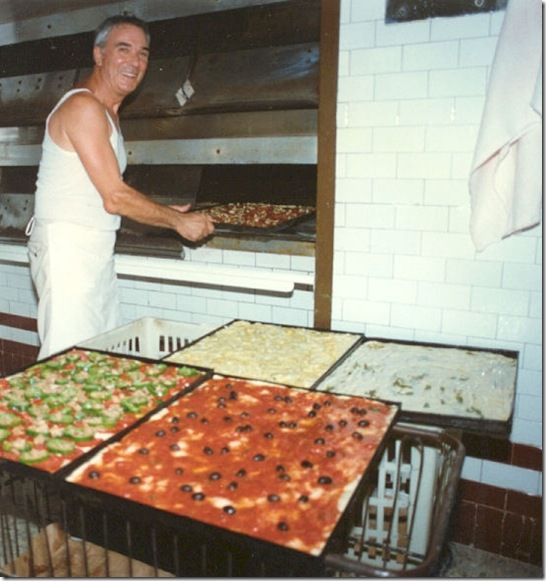 mario - pizza in oven
