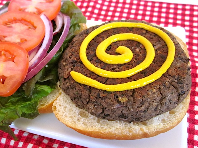 black bean burgers with mustard