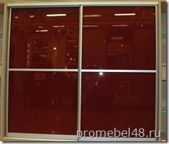 цветное стекло в фасадах мебели