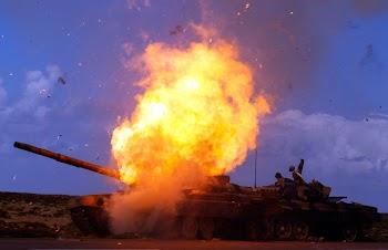 焦点大图 – 空袭利比亚