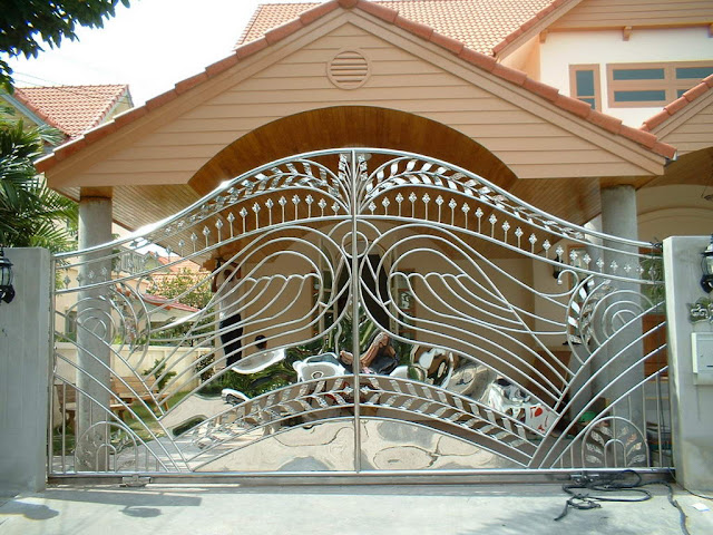 iron gates for reference - Kerala home