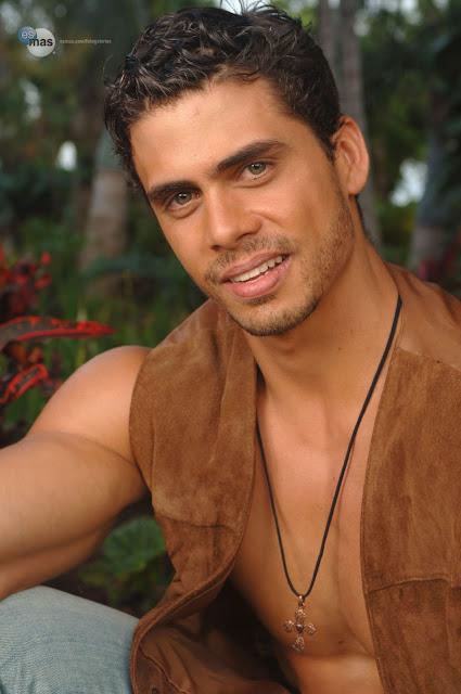 Mocho Model: Cuban actor Pedro Moreno Sunkissed