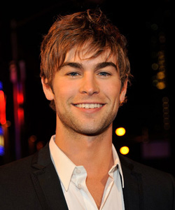 Chase Crawford on the red carpet at the VMA's [image courtesy of Getty images and MTV]