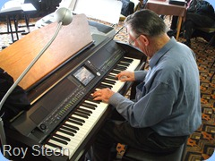 Roy Steen caressing the keys for our edification