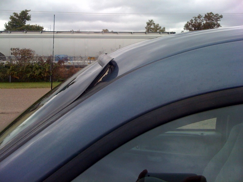 Distorted outside windshield trim - pic - Ford Truck