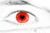 cool_contact_lens_red_eyed_heart_love