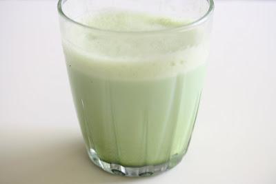 photo of a green tea latte
