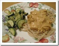 zucchini & chicken alfredo