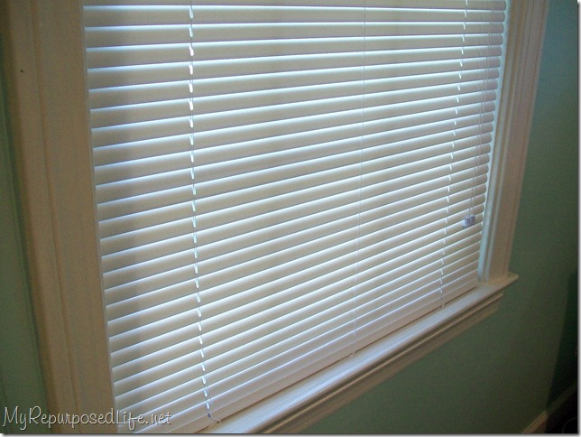 white blinds white wood trim