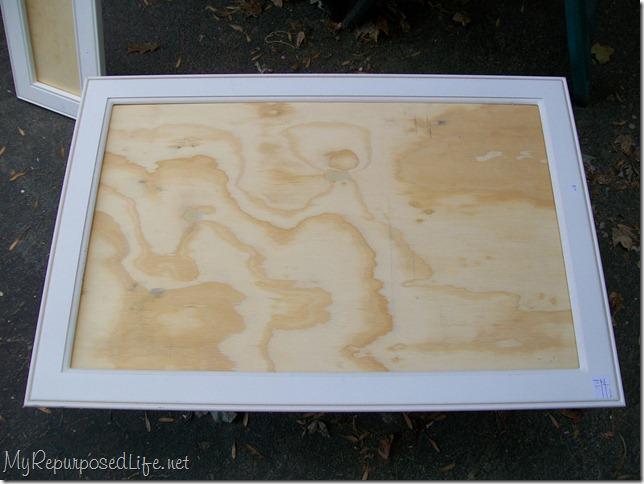 cabinet frame sign