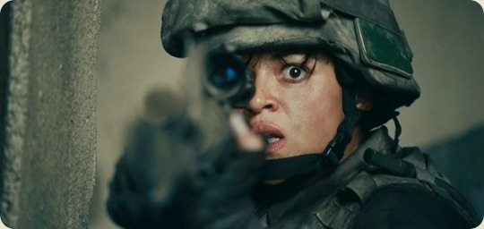 michelle-rodriguez-in-battle-los-angeles