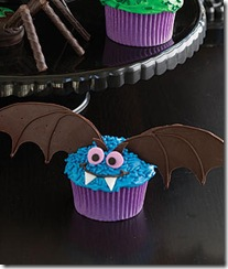 Bat-Cupcake_slideshow_image