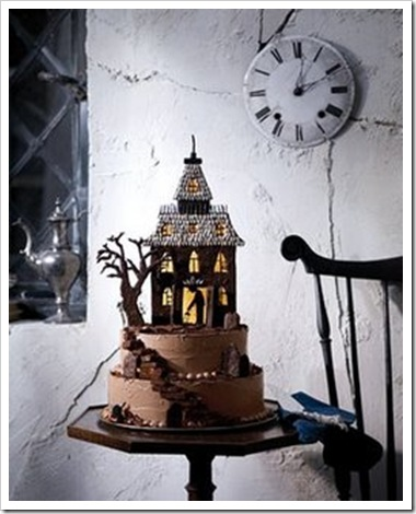 Haunted_House_Cake