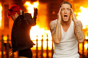 megan-fox-cameo-for-eminem-and-rihannas-love-the-way-you-lie-video-premiere