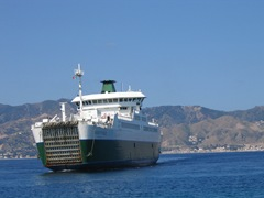 6 Ferry naar Messina (2)