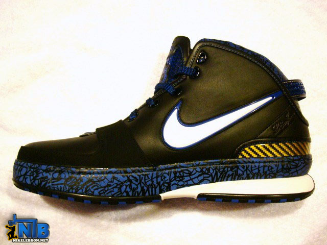 the latest 91e55 a0d8a ... Detailed Look at the Black and Royal Blue Nike LeBron VI with 3M ...