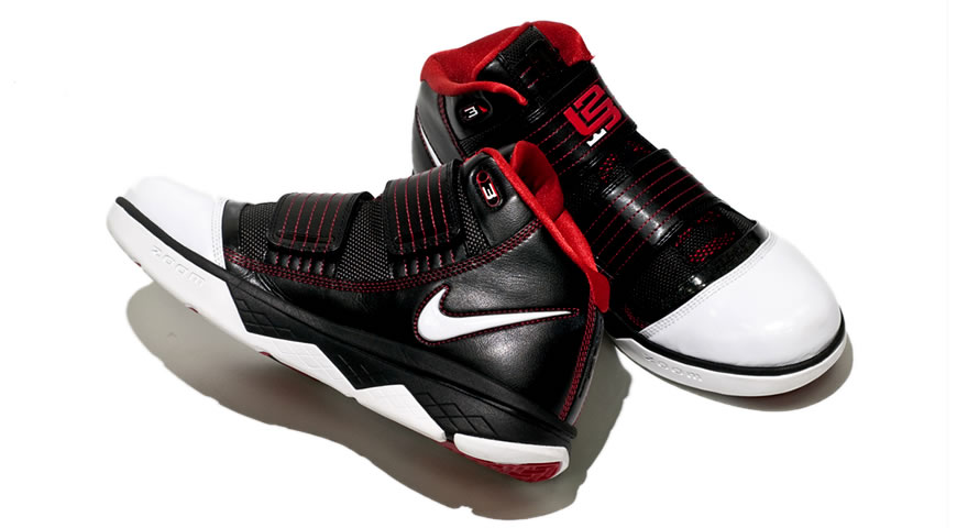 538e1e55aa2c ... Initial Look at the Black White Red Nike Zoom Soldier 3 ...
