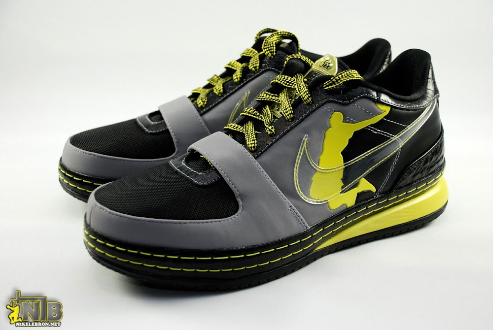brand new 82d10 bac5b Zoom LeBron VI Low Supreme Dunkman Drops at House of Hoops ...