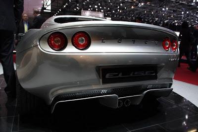 2011 Lotus Elise-04.jpg