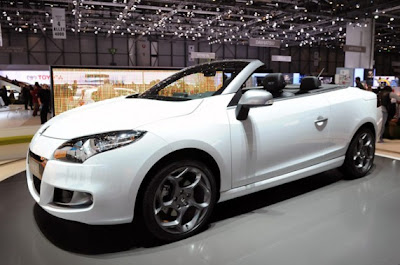Renault Megane Coupe-Cabriolet-01.jpg
