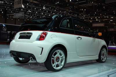 Fiat Abarth 500C-02.jpg