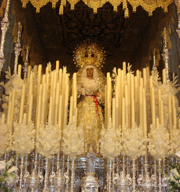 Semana santa de Sevilla - 2011 - H. de Triana . V. Esperanza - 1.jpg