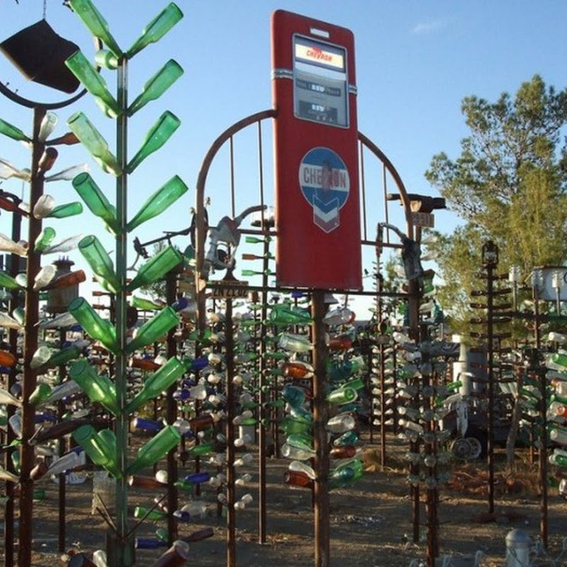 The Bottle Tree Ranch of Elmer Long