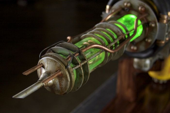 plasma_rifle_from_fallout_3_25
