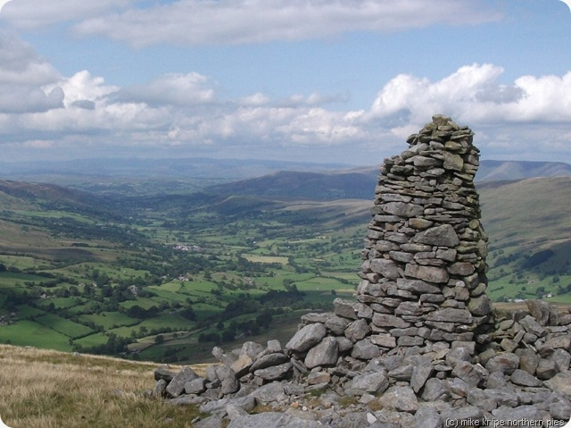 dentdale from the first cairn