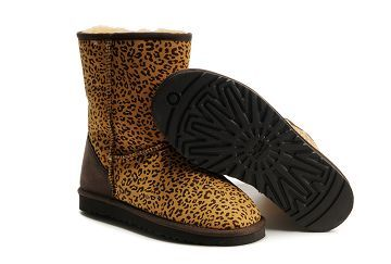 0580a812f9c UGG Classic Cardy boots 5124 - Gameplanet Forums Sports & Fitness