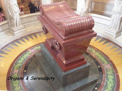 Tumba de Napoleón, Hotel de los Inválidos, Invalides, Museo de la Armada, París,  Elisa N, Blog de Viajes, Lifestyle, Travel